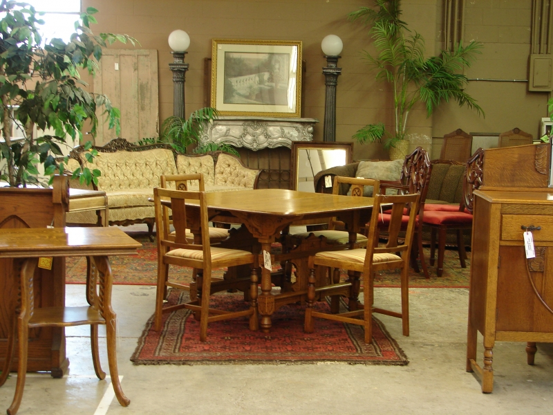 Antique Dealers, Portland, Oregon, Dining Room Set Picture - Monticello  Antique Marketplace - Consignment Furniture, Oregon - Monticello Antique Market