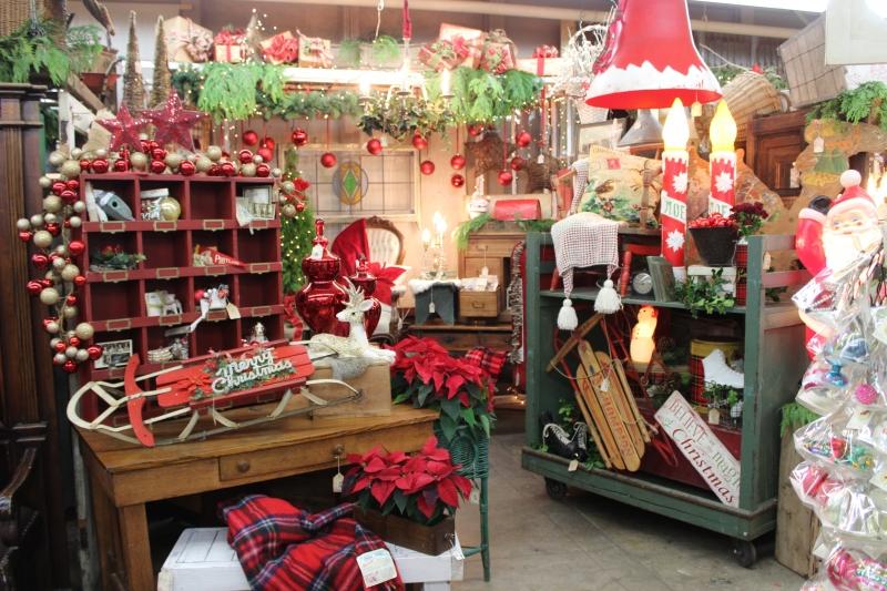 Antique Shops, Portland, OR, Christmas Specials Photo - Monticello Antique Marketplace